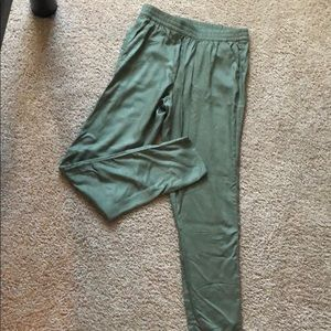 Green comfy pants from H&M